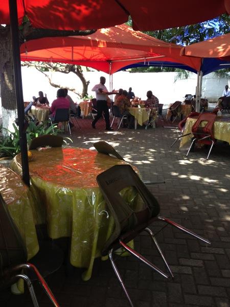 ココアボード食堂