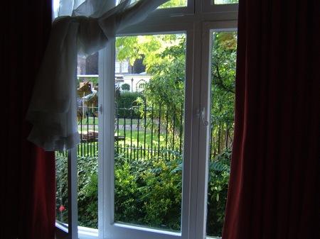 ロンドン下宿の窓からの風景