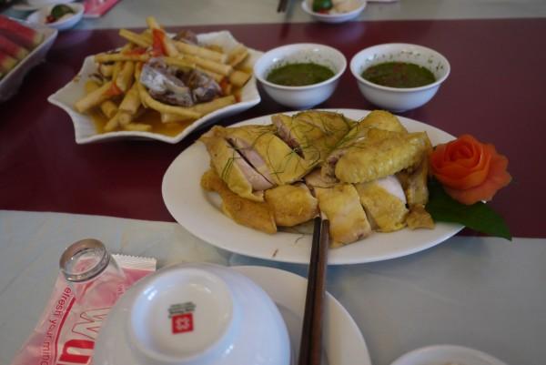 鳥料理とタケノコ料理