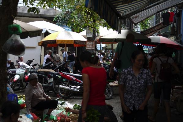 ドンスアン市場周辺