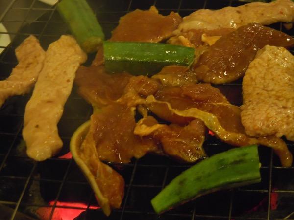 ヤギ焼き肉