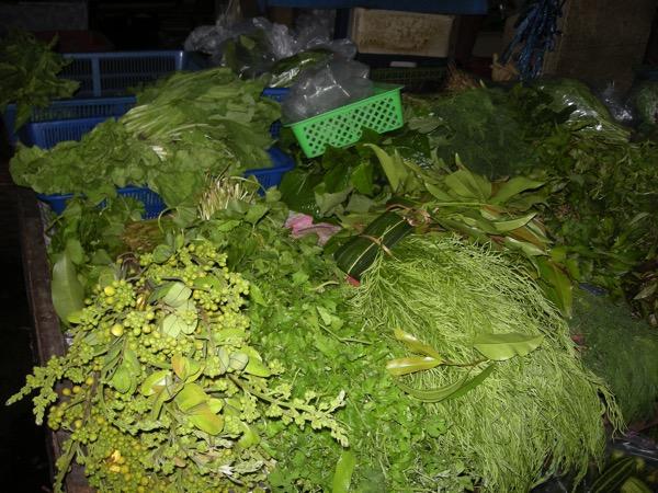 バンコク市場のハーブ
