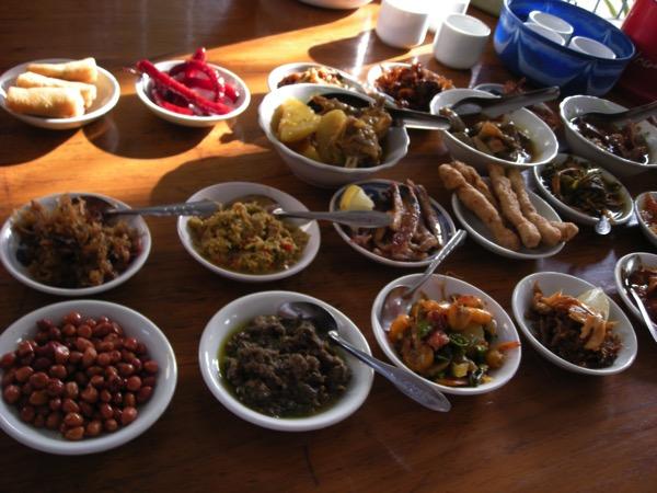 ミャンマー朝食